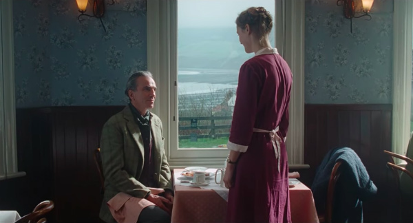 2-phantom-thread-trailer.jpg